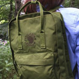 Mochila Fjallraven Re-Kanken